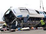 Lật xe buýt tại Tây Ban Nha làm 9 người thiệt mạng