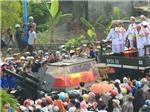 CHÙM ẢNH: Người dân Quảng Bình ra đường tiễn biệt Đại tướng Võ Nguyên Giáp