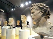Roma tôn vinh Hoàng đế La Mã vĩ đại nhất