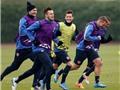Arsenal vĩnh viễn chia tay HLV đem Oezil ra cá độ