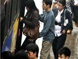Thói hư tật xấu người Việt: Không đói cũng ăn vụng, không túng cũng làm càn