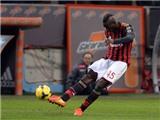 'Siêu phẩm' của Balotelli cứu vớt Milan