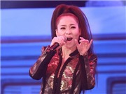 NSND Thanh Hoa nhường Thu Minh hát 'Tàu anh qua núi'