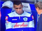 Cựu sao Man United phản ứng khi bị thay ra bằng… thuốc lá