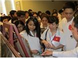 Gần 200 kiều bào trẻ tiếp cận tư liệu về chủ quyền Việt Nam