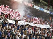 CĐV PSV Eindhoven nổi giận vì CLB... phủ sóng wifi ở sân vận động
