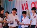 Công ty CP SX TM Hữu Nghị Đà Nẵng trao gần 600 triệu đồng học bổng cho các em HS, SV