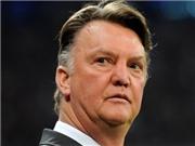 CẬP NHẬT tin tối 23/8: Van Gaal gọi mình là 'ác quỷ'. Ronaldo thoát thẻ đỏ sau khi đấm Godin