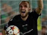 Trung vệ hóa người hùng, phá 2 quả penalty, đưa Ludogorets vào vòng bảng Champions League
