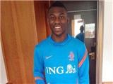 Tạm quên Daley Blind, Van Gaal yêu cầu Man United mua hậu vệ... 16 tuổi