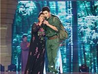 NSND Thanh Hoa cùng con trai song ca 'Gửi em ở cuối sông Hồng'