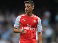 Mesut Oezil chơi không tốt? Đúng, nhưng Arsenal cần kiên nhẫn