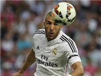 Chỉ ghi 2 bàn sau 18 trận, Benzema đang 'rơi tự do'