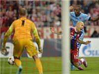 Graham Poll: Không bị phạt, Arjen Robben cứ tiếp tục ăn vạ