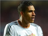 Real Madrid 'trói chân' Varane tới năm 2020