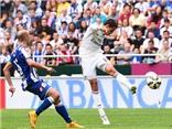 Chicharito 'mở hàng' ở Real Madrid bằng cú vô-lê ngoạn mục