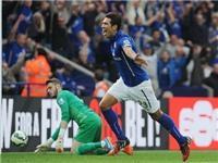 GÓC CHIẾN THUẬT: Leicester dùng chính sơ đồ kim cương để đập nát Man United