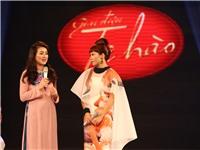 Hà Trần từ Mỹ trở về Việt Nam hát ca khúc cách mạng