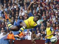 Welbeck ghi bàn đầu tiên cho Arsenal: Sinh tồn là công việc dễ dàng ở Arsenal