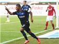 Đội tí hon Bundesliga lập siêu phẩm lốp bóng từ gần 90m, quật ngã Hannover