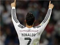 Ronaldo trở thành chân sút vĩ đại thứ ba trong lịch sử Real Madrid