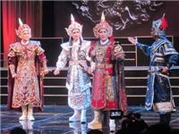 Kim Tử Long tạ lỗi khán giả sau scandal đánh bạc