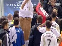 Carragher: 'Thật ngạc nhiên nếu Balotelli còn ở lại đây mùa tới'