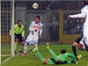 VIDEO: Jose Callejon bỏ lỡ cơ hội không tưởng từ cự ly... 1m