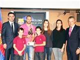 Một thất bại khác của Messi: Mascherano mới là cầu thủ xuất sắc nhất Barca