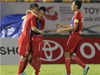 Công Vinh ra mắt thành công, B.Bình Dương thắng dễ Phnom Penh Crown