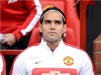 Chuyển động Old Trafford: Man United hoãn mua đứt Falcao