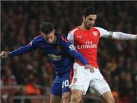 Van Persie chỉ chạm bóng đúng 13 lần ở trận gặp Arsenal