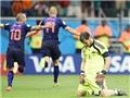 Thủ môn xuất sắc nhất năm 2014: FIFA gây tranh cãi khi chọn Casillas, loại De Gea