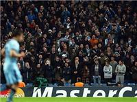 Man City phải cảm ơn CĐV vì niềm tin bất diệt