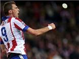 Sau Messi và Aguero, đến lượt Mandzukic lập hat-trick, Atletico tiến vào vòng 1/8