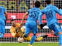 Inter thắng mừng sinh nhật Mancini. Handanovic đẩy 6 quả penalty liên tiếp
