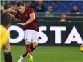 Roma 2-2 Sassuolo: Thiếu người và bị dẫn 2 bàn, Roma vẫn giành 1 điểm