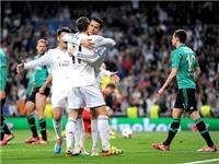 Hãy nén nụ cười 'coi thường' Schalke!