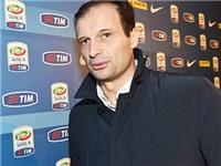 Max Allegri: 'Cầu thủ trẻ Italy như gà mái trong chuồng. Chiến thuật đẩy lùi bóng đá Italy'