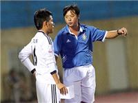 Ông Lê Huỳnh Đức, HLV trưởng SHB.Đà Nẵng: 'Tôi luôn ưu tiên cầu thủ trẻ'