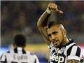 Juventus hạ Cagliari 3-1: Chiếc ngai vàng của Vidal