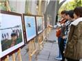TTXVN trưng bày 'Những khoảnh khắc lịch sử'