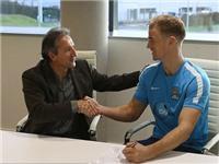 Joe Hart kí hợp đồng lương 'khủng' với Man City