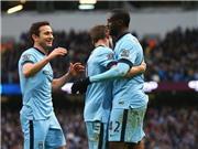 Man City 3-0 Crystal Palace: 0 tiền đạo, 3 điểm và áp lực cho Chelsea