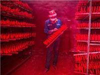 Nơi 'sản xuất' lễ Giáng sinh cho cả thế giới