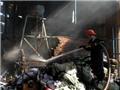 Cháy lớn thiêu rụi gần 2.000 m2 nhà xưởng