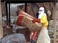 IMF bị chỉ trích vì gián tiếp làm tăng lây lan Ebola