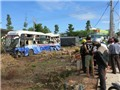 Xe container đụng xe khách, 20 người bị thương