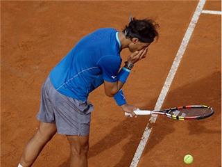 CHÙM ẢNH: 19 thói quen 'mê tín' đặc biệt của Rafael Nadal