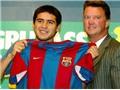 Vì sao Riquelme thất bại ở Barca?